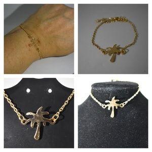 Jewelry - NWOT Palm Tree bracelet